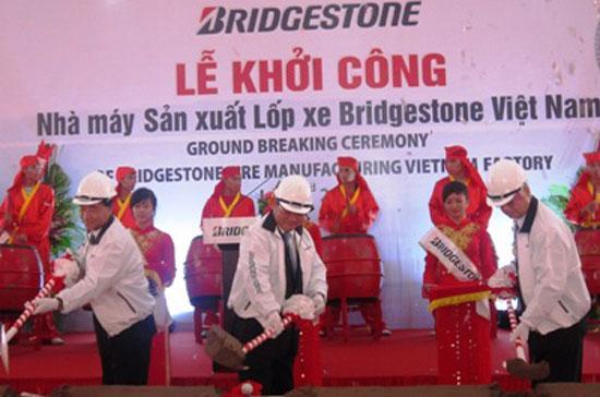 Lễ khởi công Nhà máy sản xuất lốp xe Bridgestone Việt Nam.