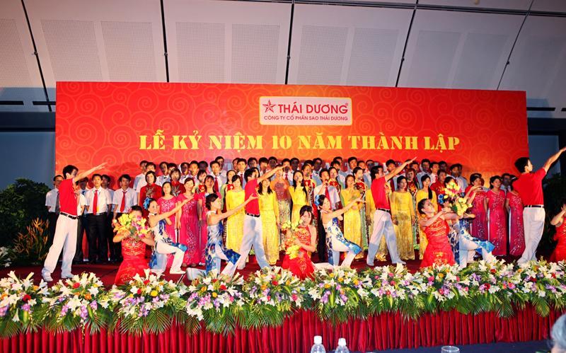 Lễ kỷ niệm 10 thành lập của Công ty Cổ phần Sao Thái Dương.<br>