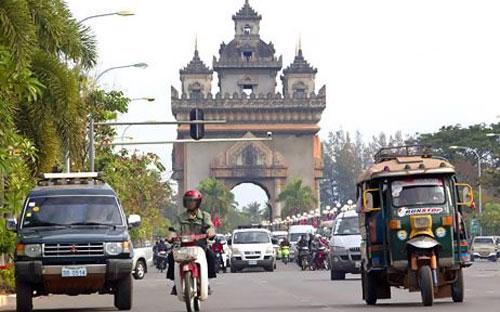 Một góc thủ đô Vientiane của Lào - Ảnh: Bloomberg.<br>