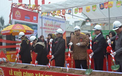 Lễ khởi công xây dựng giai đoạn 2 nhà máy chế biến thực phẩm Vissan Hà Nội.<br>
