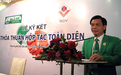 Một giải pháp mà Chủ tịch Hội đồng Quản trị Mai Linh xem là có tính chất sống còn là đàm phán với nhà đầu tư xin giãn nợ, gia hạn hợp đồng, hạ lãi suất.