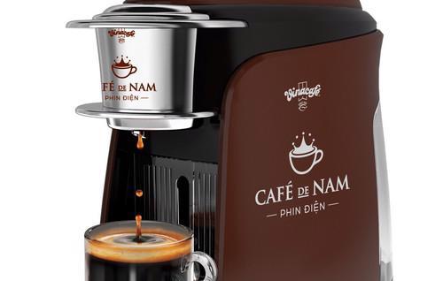 """""""Phin Điện"""" CAFÉ de NAM bước đầu sẽ được cung cấp độc quyền cho một số cửa hàng cà phê chọn lọc."""