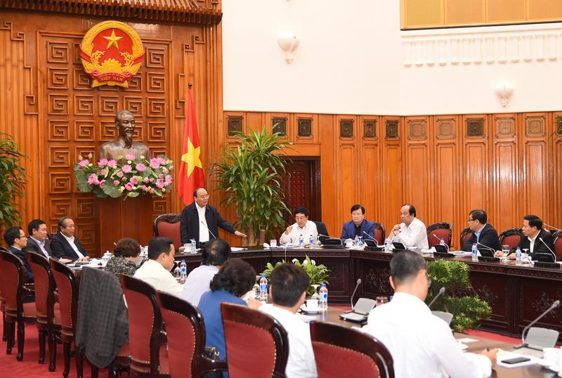 Thường trực Chính phủ làm việc với lãnh đạo chủ chốt tỉnh Bắc Ninh chiều 18/10.<br>