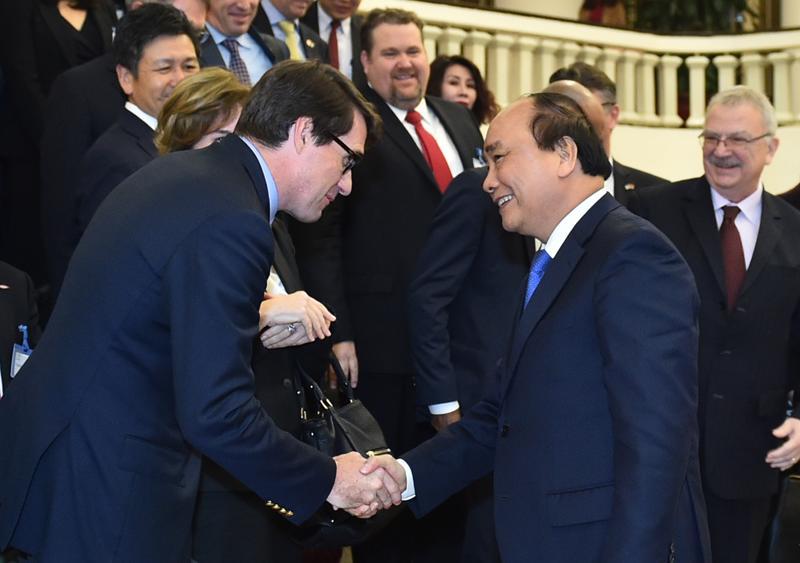 Thủ tướng khẳng định, Chính phủ Việt Nam coi trọng và mong muốn thúc đẩy  hợp tác hữu nghị với Mỹ theo hướng thực chất, toàn diện, ổn định và lâu  dài trên cơ sở tôn trọng thể chế chính trị của nhau.