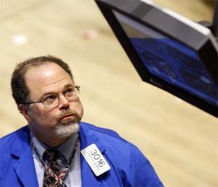 Chứng khoán Phố Wall đã mất điểm trong ngày giao dịch đầu tuần sau khi thị trường tăng hơn 6% trong nhiều ngày trước đó - Ảnh: AP.