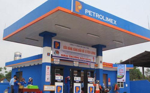 Một cửa hàng xăng dầu của Petrolimex.<br>