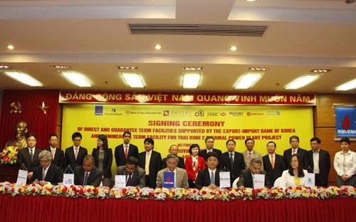 Petro Vietnam ký hợp đồng tín dụng với các nhà tài trợ, là các ngân hàng nước ngoài.<br>