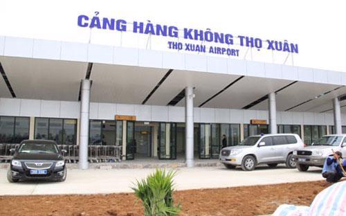 Tổng công ty Cảng hàng không Việt Nam là doanh nghiệp khai thác cảng.