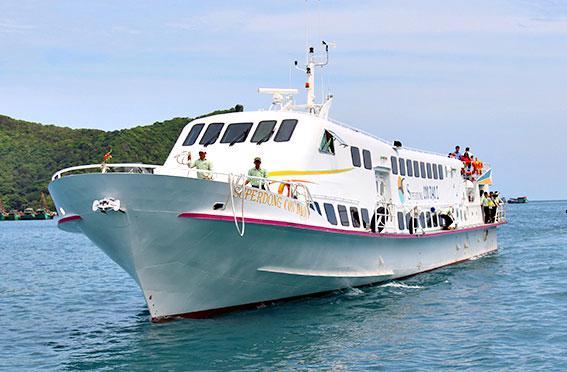 Tàu cao tốc thương hiệu Superdong - Kiên Giang.
