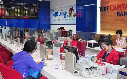 Viet Capital Bank đang hoàn thiện chiến lược phát triển 5 năm (2016 - 2020) theo hướng đẩy mạnh hơn về bán lẻ, tập trung vào khách hàng vừa và nhỏ, đầu tư mạnh về công nghệ, về con người và phát triển nhanh hệ thống mạng lưới hoạt động truyền thống lẫn các kênh ngân hàng điện tử hiện đại.