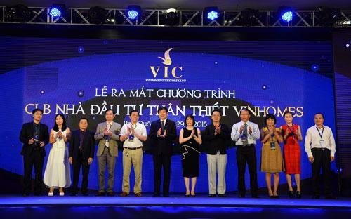 Vinhomes Investors Club được xem là mô hình nhà đầu tư đồng hành cùng doanh nghiệp đầu tiên xuất hiện tại Việt Nam.