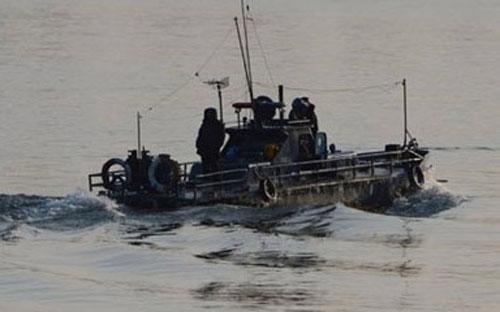 Tàu tuần tra của Triều Tiên trên sông Yalu. <br>