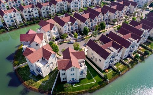 Dự án Vinhomes Riverside cam kết sinh lời đến 21% trong 3 năm.<br>