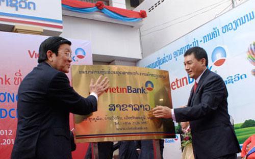 Vietinbank đã mở rộng mạng lưới ra nước ngoài, tại Lào và Đức.