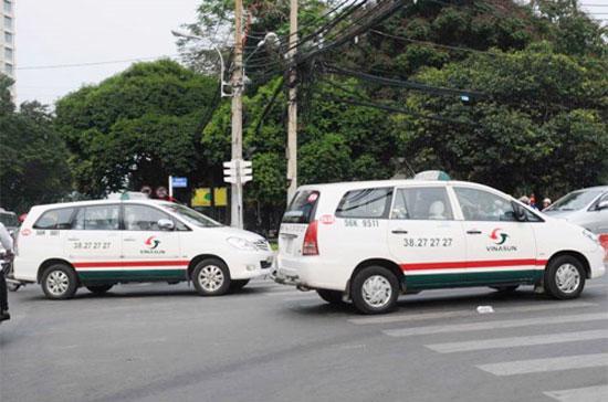 Vinasun là doanh nghiệp vận tải hành khách taxi đầu tiên trên cả nước thông báo giảm 500 đồng/km.