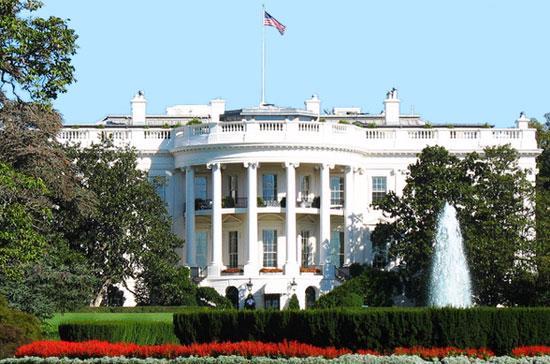 Nước Mỹ còn đối mặt nguy cơ bị giảm điểm tín nhiệm thêm lần nữa trong 12 - 18 tháng tới.