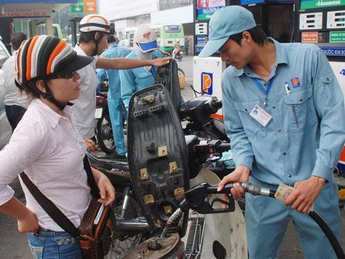 Petrolimex cho biết không thiếu nguồn xăng dầu.