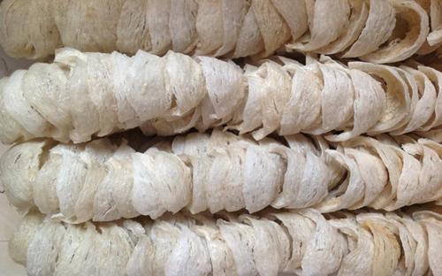 Sản lượng tổ yến khai thác được của Việt Nam chỉ khoảng 10 tấn/năm.
