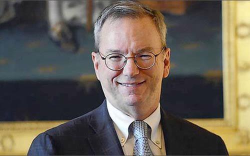 Chủ tịch Google, ông Eric Schmidt, được cho là sẽ tới thăm Triều Tiên hôm nay (7/1) hoặc ngày mai -<i> Ảnh: Reuters</i>.<br>