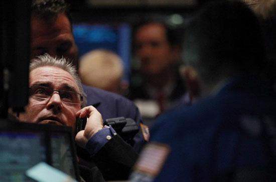 Nhà đầu tư lại trở nên lo lắng sau vài phiên thị trường đi lên - Ảnh: Reuters.