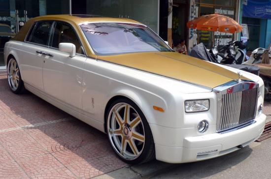 Rolls Royce Phantom màu cát sa mạc độc đáo - Ảnh: Sơn Tùng Auto.