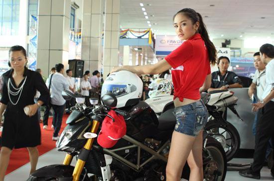 Các loại môtô thể thao đang ngày càng hút khách - Ảnh: Bobi.