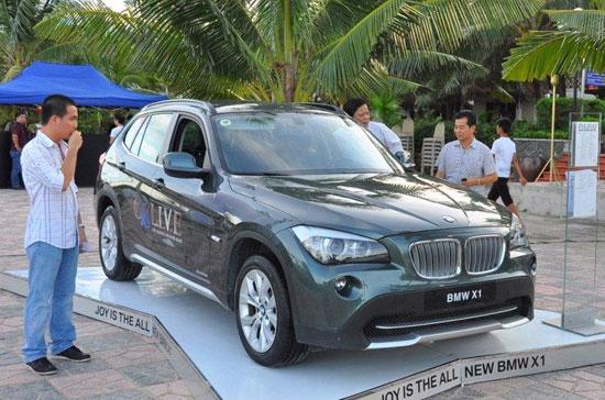 """Euro Auto mở đợt khuyến mãi """"khủng"""" để kích cầu, qua đó kỳ vọng đạt được mốc doanh thu mới trong năm 2010."""