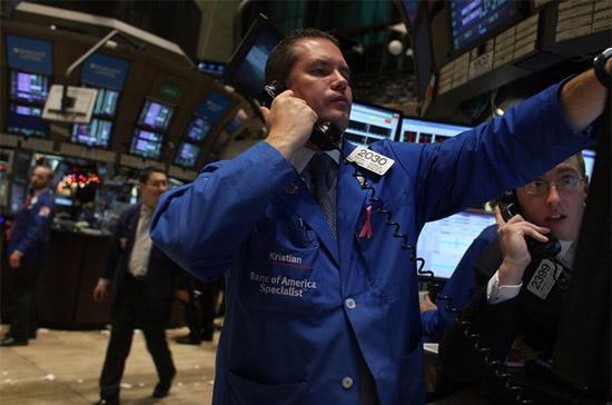 Trước mắt, các chỉ số đều có vùng kháng cự mạnh, trong đó đích cần phá vỡ của Dow Jones nằm ở ngưỡng 10.600 điểm - Ảnh: Getty Images.