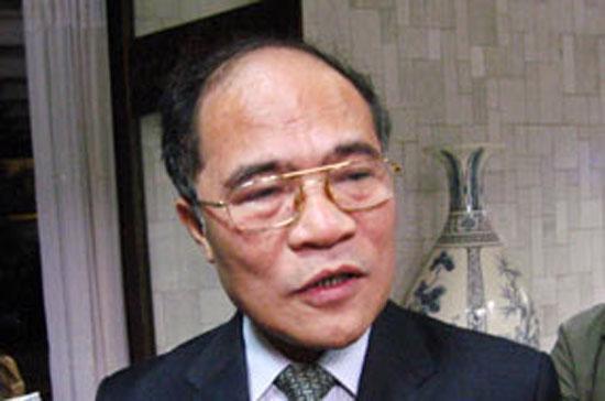 Phó thủ tướng Nguyễn Sinh Hùng.