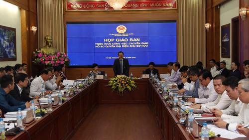Chủ tịch Ủy ban Nguyễn Hoàng Anh chủ trì cuộc họp giao ban đầu tiên giữa lãnh đạo Ủy ban Quản lý vốn Nhà nước tại doanh nghiệp và đại diện các doanh nghiệp trực thuộc, ngày 12/10.