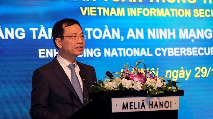 Bộ trưởng Nguyễn Mạnh Hùng tại sự kiện Ngày An toàn thông tin Việt Nam năm 2019 sáng 29/11.