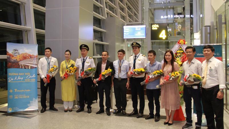 Với đường bay Đà Nẵng - Osaka vừa khai trương, Vietnam Airlines đã nâng tổng số đường bay giữa Việt Nam và Nhật Bản lên 11 đường bay.