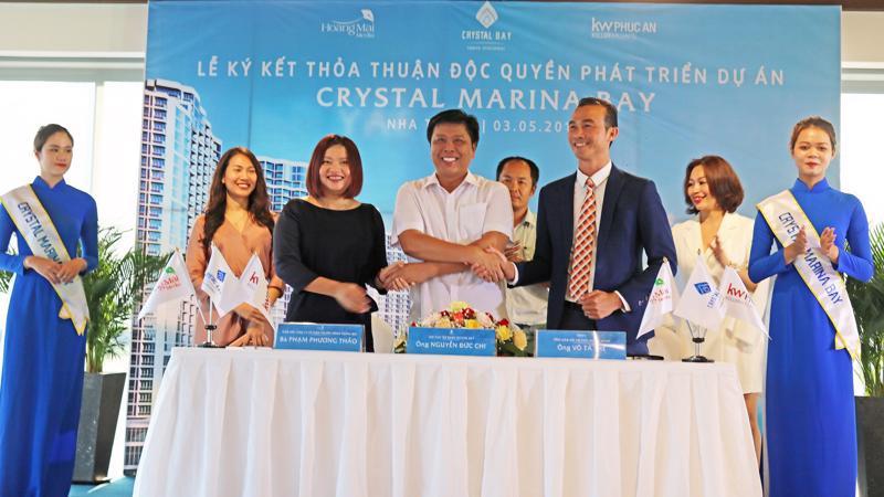 Lễ ký kết thỏa thuận độc quyền phát triển dự án Crystal Marina Bay giữa Tập đoàn Crystal Bay với KW Phúc An và Hoàng Mai Media.