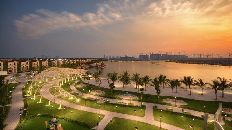 """Thành phố biển hồ Vinhomes Ocean Park đang là """"điểm nóng"""" đầu tư trên thị trường địa ốc thủ đô hiện nay."""