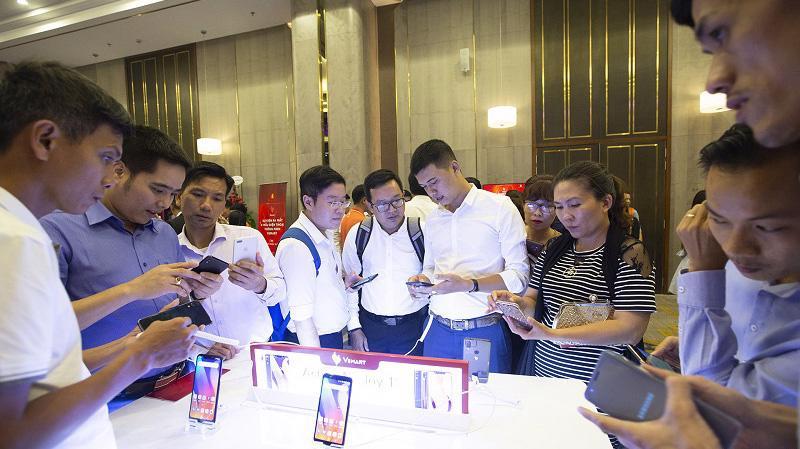 Thị trường smartphone Việt Nam đang mở ra cơ hội cho tất cả các thương hiệu điện thoại, đặc biệt là thương hiệu Việt.