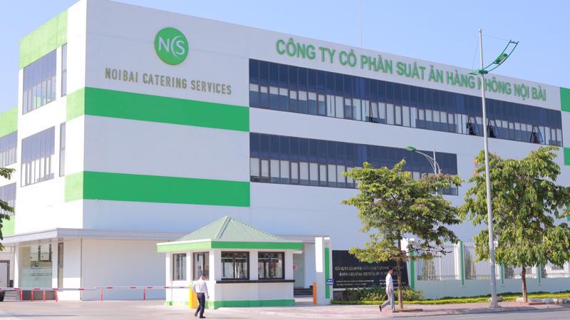 Cơ sở chế biến suất ăn hàng không Nội Bài mới có tổng diện tích 21.074m2, gồm 3 tầng nổi, 1 tầng hầm với trang thiết bị công nghệ hiện đại, công suất lên đến 35.000 suất ăn/ngày.