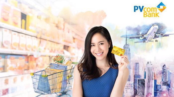 Thẻ tín dụng Mastercard mang đến nhiều tiện ích nổi bật, giúp chủ thẻ thoải mái và thuận tiện hơn khi thực hiện các giao dịch, thanh toán, chi tiêu trong cuộc sống.