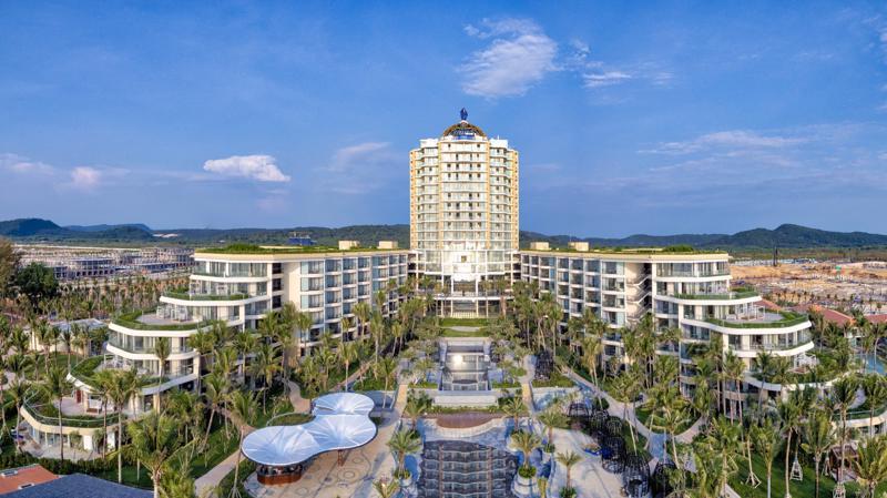 InterContinental Phu Quoc Long Beach Resort là dự án đầu tiên trên thế giới cho phép khách hàng cá nhân sở hữu căn hộ nghỉ dưỡng mang thương hiệu InterContinental.