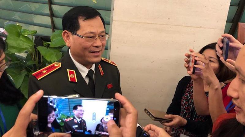 Thiếu tướng Nguyễn Hữu Cầu, Giám đốc công an tỉnh Nghệ An.