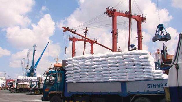 Theo Bộ Công Thương, giá DAP sản xuất trong nước không tăng mạnh như giá DAP nhập khẩu .