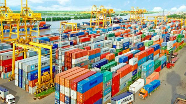 Tổng kim ngạch xuất nhập khẩu trong nửa tháng 3 đạt 26,36 tỷ USD, tăng hơn 7 tỷ USD so với kỳ nửa tháng 2/2021.