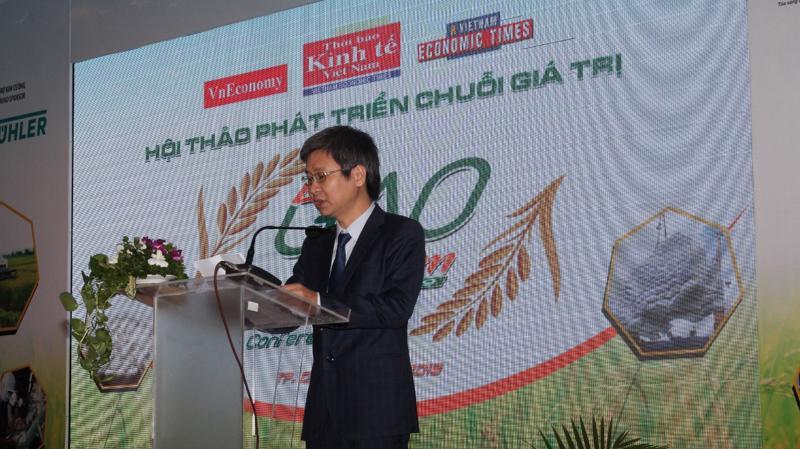 Ông Nguyễn Thế Hào - Phó tổng biên tập Thường trực Thời báo Kinh tế Việt Nam phát biểu khai mạc tại Hội thảo.