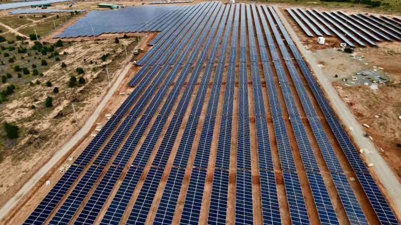 Nhà máy điện mặt trời Hồng Liêm 3 có công suất 50MWp do Tập đoàn Hawee làm tổng thầu thi công.