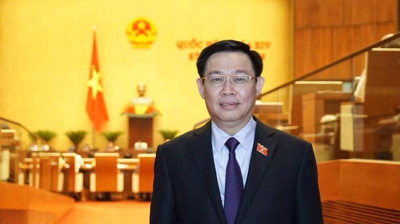 Phó thủ tướng Vương Đình Huệ là thành viên Chính phủ thứ 5 trả lời chất vấn tại kỳ họp này của Quốc hội.