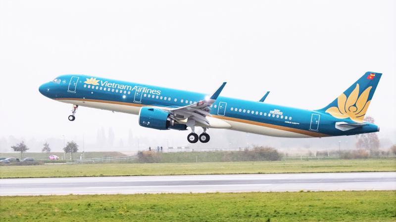 Tháng 9 vừa qua, Hãng đã khai thác trở lại đồng loạt 6 đường bay nội địa, đánh dấu nỗ lực vượt khó nhằm khôi phục sản xuất kinh doanh của Vietnam Airlines.