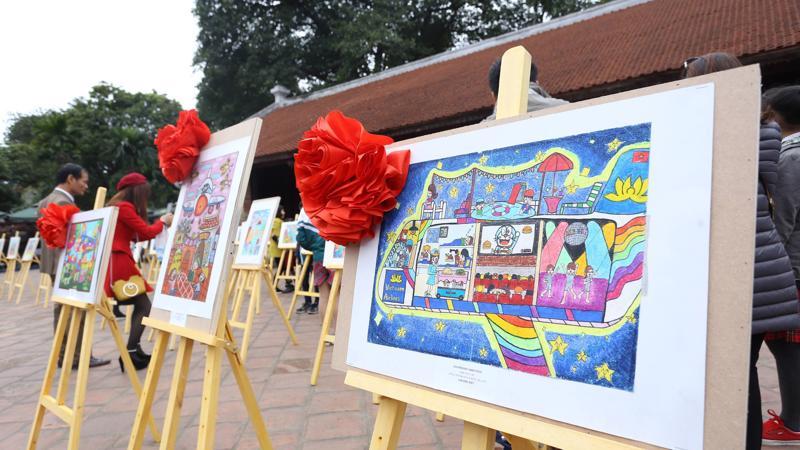 """Cuộc thi vẽ tranh """"Sải cánh vươn cao"""" 2018 đã được Sở Giáo dục và Đào tạo Hà Nội đưa vào kế hoạch từ đầu năm và phát động tới các trường từ giữa tháng 9/2018 - 31/10/2018."""