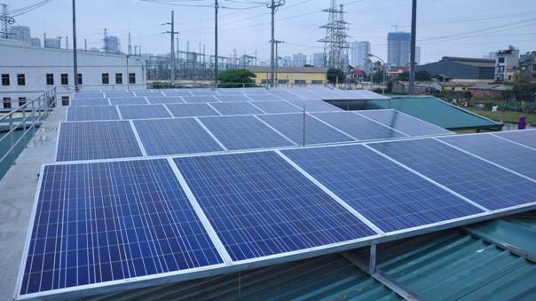 Bên bán điện thực hiện thanh toán lượng điện năng nhận từ lưới điện theo quy định hiện hành.
