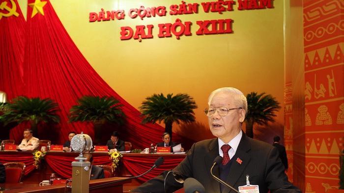 Tổng Bí thư, Chủ tịch nước Nguyễn Phú Trọng trình bày Báo cáo của Ban chấp hành Trung ương khóa XII về các văn kiện trình Đại hội XIII.