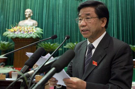 Chủ nhiệm Ủy ban Kinh tế Hà Văn Hiền tại diễn đàn Quốc hội.