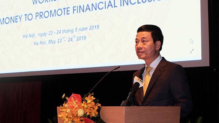 Bộ trưởng Bộ Thông tin và Truyền thông Nguyễn Mạnh Hùng phát biểu tại hội thảo.